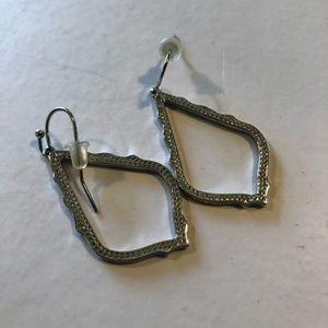 Kendra Scott Sophia drop earrings in silver